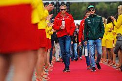Fahrerparade: Max Chilton, Marussia F1 Team; Marcus Ericsson, Caterham