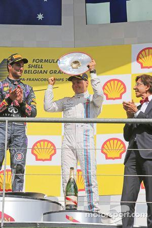 Valtteri Bottas, Williams, viert zijn derde positie op het podium