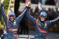 Winnaars Thierry Neuville en Nicolas Gilsoul, Hyundai i20 WRC, Hyundai Motorsport