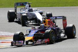 Sebastian Vettel, Red Bull Racing en Valtteri Bottas, Williams F1 Team