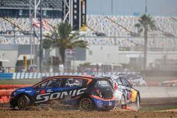 #59 雪佛兰 Sonic Racing / PMR Motorsports 雪佛兰 Sonic: 帕特·莫罗 遭遇麻烦