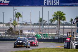 #14 Barracuda Racing Ford Fiesta ST: Austin Dyne recebe a bandeirada