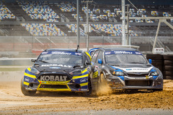 Toque entre #18 Olsbergs MSE Ford Fiesta ST: Patrik Sandell e #11 Subaru Rally Team USA Subaru WRX S