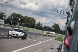 #76 BMW Sports Trophy Team Schubert BMW Z4: Thomas Jäger, Dominik Baumann takes the win