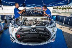 #67 Hyundai / Rhys Millen Racing Hyundai Veloster