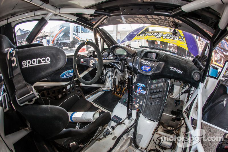 00 Royal Purple Racing / OMSE2 Ford Fiesta ST cockpit at GRC