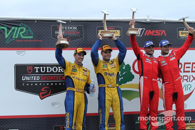 Vincitori GTLM # 62 Risi Competizione Ferrari F458: Giancarlo Fisichella, Pierre Kaffer, GTD vincito