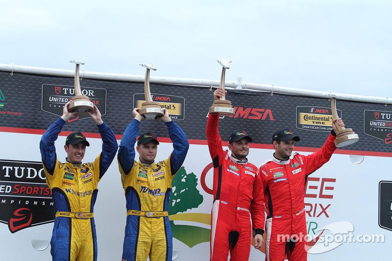 GTLM Kazanan #62 Risi Competizione Ferrari F458: Giancarlo Fisichella, Pierre Kaffer GTD Kazanan #9