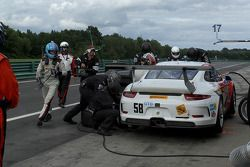 #58 Snow Racing Porsche 911 GT America: Madison Snow & Jan Heylen pit stop