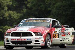 #68 Racers Edge Motorsports 福特 野马 302R: 里卡多·弗洛雷斯, 科里·刘易斯