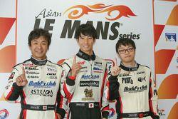 Polemen GT : Lam Yu, Takeshi Tsuchiya, Takamitsu Matsui