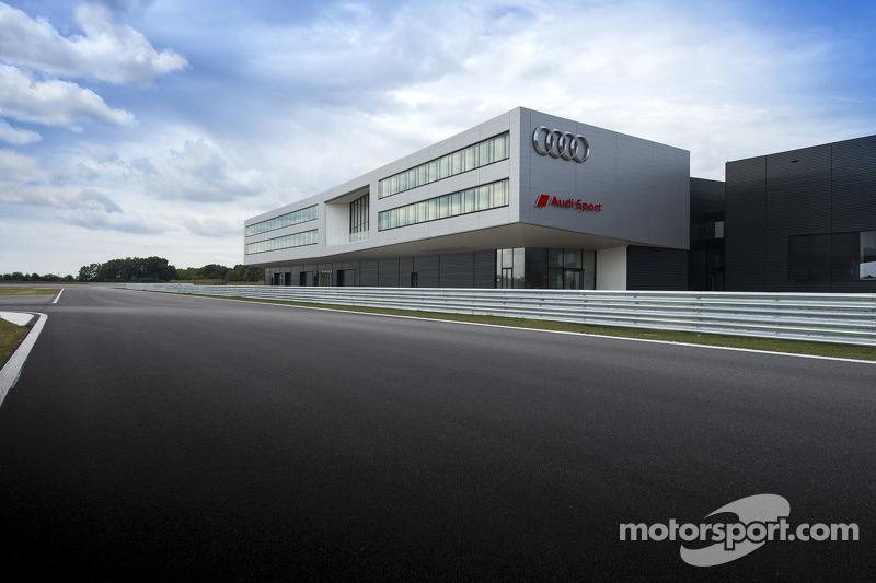 Audi Neuburg'un resmi açılışı