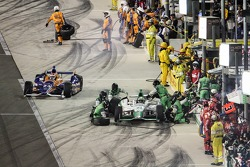 Charlie Kimball, Chip Ganassi Racing Chevrolet e Carlos Munoz, Andretti Autosport Honda
