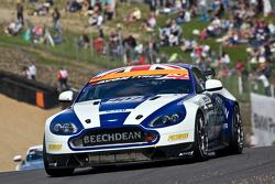 #407 Beechdean AMR Aston Martin Vantage GT3: Ross Wiley Jake Giddings