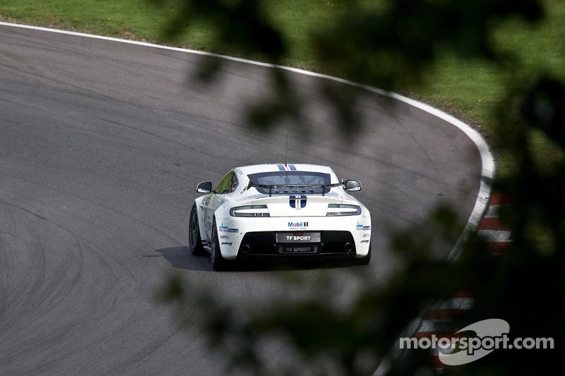 #49 TF Sport 阿斯顿马丁 GT4 GT4 Challenge: 安德鲁 Jarman Devon Modell