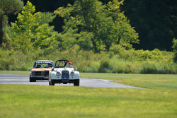 Group 4 Morgan 4+4 and a BMW 2002