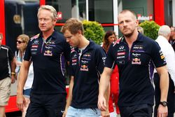 Sebastian Vettel, Red Bull Racing con Jonathan Wheatley, Red Bull Racing Team Manager