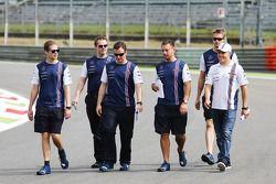 Valtteri Bottas marche sur le circuit