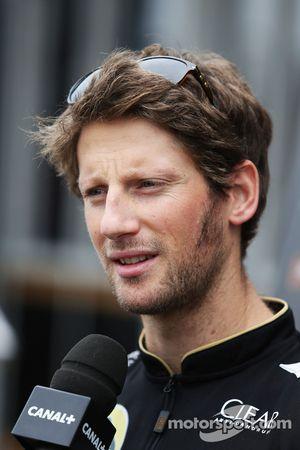 Romain Grosjean avec les médias