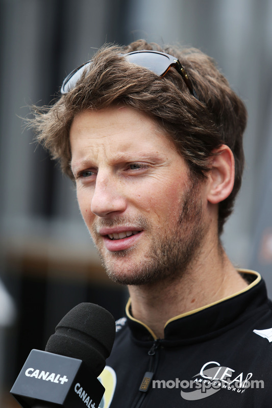 Romain Grosjean, Lotus F1 Team com a imprensa