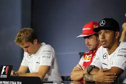 Lewis Hamilton, Mercedes AMG F1 Team, Fernando Alonso, Scuderia Ferrari and Nico Rosberg, Mercedes AMG F1 Team