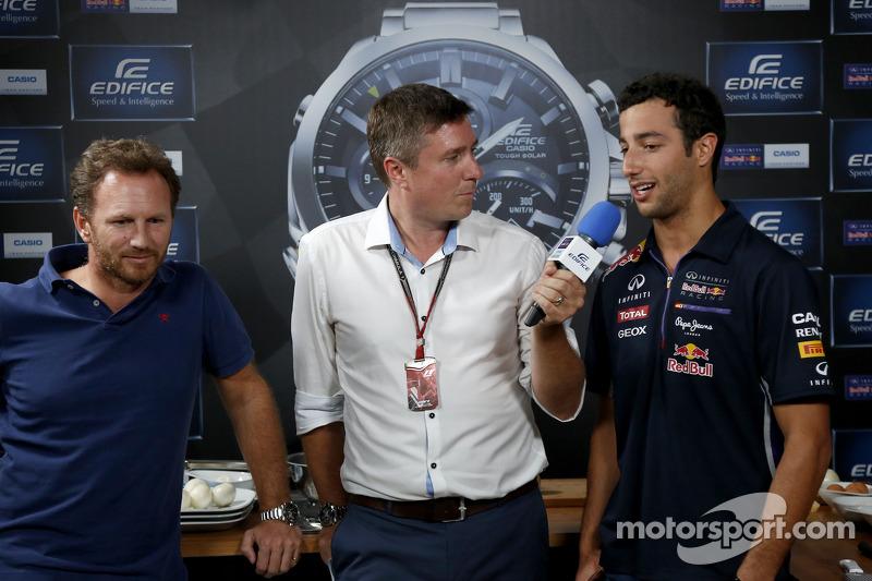 Casio Edifice Lansmanı, Red Bull Enerji İstasyonu'nda, Christian Horner, Red Bull Racing Takım Patronu, Daniel Ricciardo, Red Bull Racing