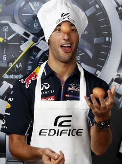 Pranzo Casio Edifice Launch alla Red Bull Energy Station, Daniel Ricciardo, Red Bull Racing