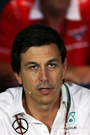 Toto Wolff lors de la conférence de presse FIA
