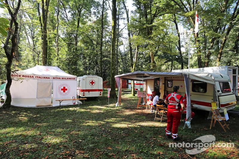 Pist atmosferi - Red Cross Alanı