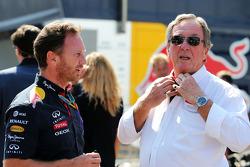Christian Horner, Red Bull Racing, Teamchef, mit Vater Gary Horner, Arden, Teamchef