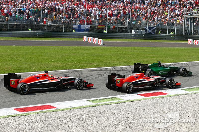 Kamui Kobayashi, Caterham CT05 ve Max Chilton, Marussia F1 Takımı MR03 ve Jules Bianchi, Marussia F1