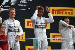 Vainqueur: Lewis Hamilton, Mercedes AMG F1, 2ème Nico Rosberg, Mercedes AMG F1 W05, 3ème Felipe Massa, Williams