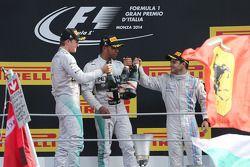 Podium: 1er Lewis Hamilton, Mercedes AMG F1, 2ème Nico Rosberg, Mercedes AMG F1 et 3ème Felipe Massa