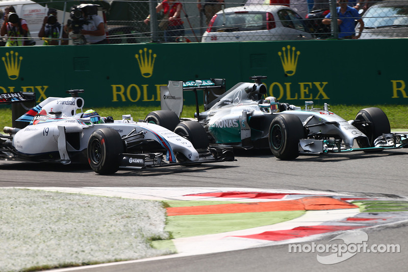 Felipe Massa, Williams FW36 and Lewis Hamilton, Mercedes AMG F1 W05