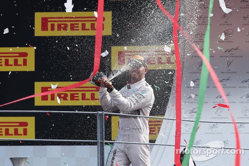2014: Lewis Hamilton, Mercedes