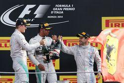 Podium: 1er Lewis Hamilton, 2ème Nico Rosberg, 3ème Felipe Massa