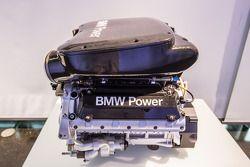2003 BMW P60 B40 : moteur