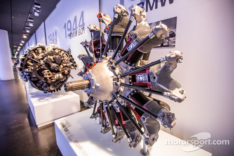 1933 BMW 132 airplane engine