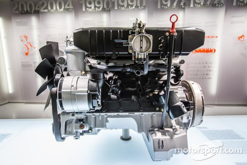 1990 BMW M50 motore