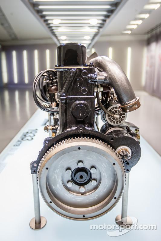 motor do 1933 BMW M78