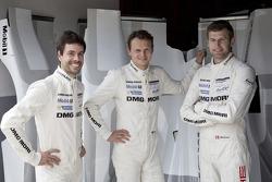 Марк Либ, Фредерик Маковецки и Микаэль Кристенсен. Тесты Porsche 919 Hybrid, тесты.