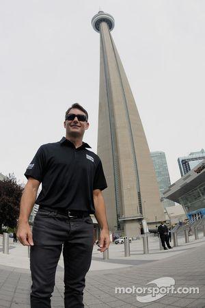 Jeff Gordon, Hendrick Motorsports Chevrolet visita Toronto come parte del tour Chase across North Am