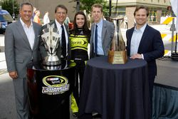 Brad Keselowski, Team Penske Ford, en visite à Charlotte