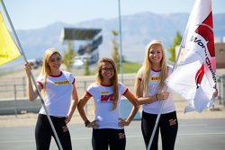 PWC vlaggenmeisjes