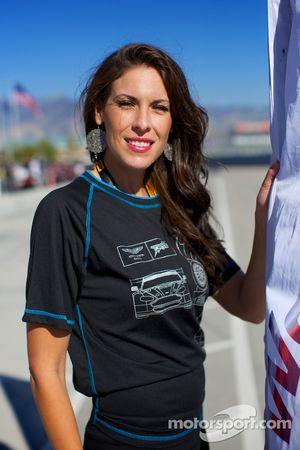 Aston Martin vlaggenmeisje