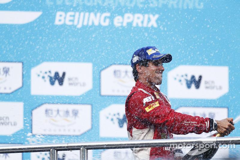 Lucas Di Grassi, da Audi, foi o vencedor do primeiro ePrix da história da Fórmula E, em Pequim