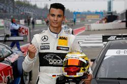 Pole for Pascal Wehrlein, Mercedes AMG DTM-Team HWA DTM Mercedes AMG C-Coupé