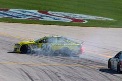 乔伊·吉布斯丰田车队的马特·肯尼斯遇到麻烦