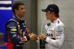 El segundo puesto Daniel Ricciardo y tercer puesto Nico Rosberg