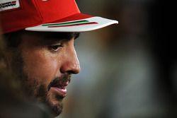 Fernando Alonso, Ferrari con los medios